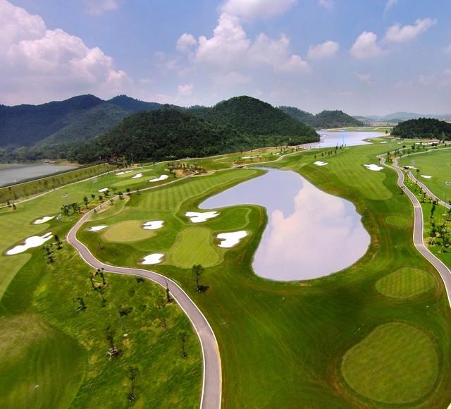 Một dự án xây dựng sân golf