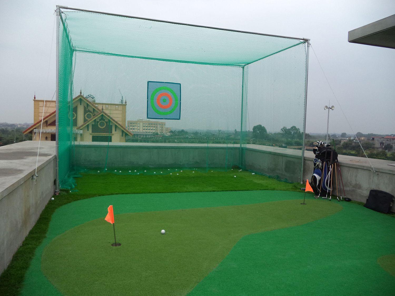 Sân mini golf trên tầng thượng