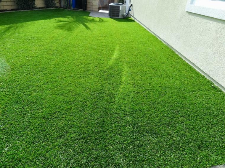 Mặt cỏ sân vườn sau khi được thi công