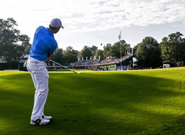 Tập thể thao với trò chơi golf có những điều gì thú vị