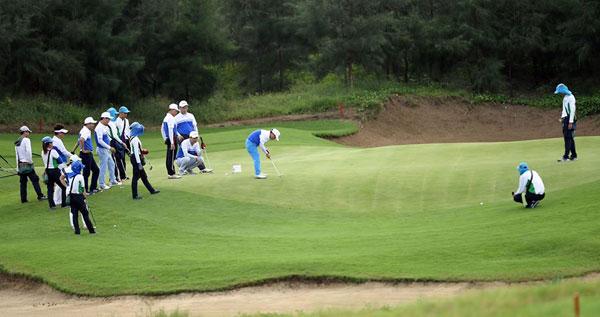 Giải golf Artex Golf Tournament 2017 khởi tranh vào ngày mai.