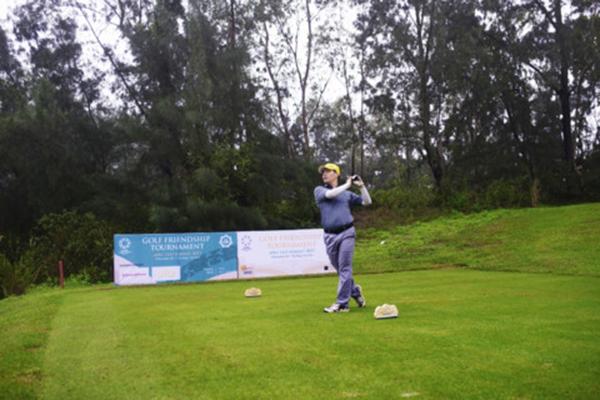 Giải golf chào mừng APEC 2017 diễn ra thành công
