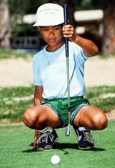Ông hoàng làng golf Tiger Woods khi còn nhỏ