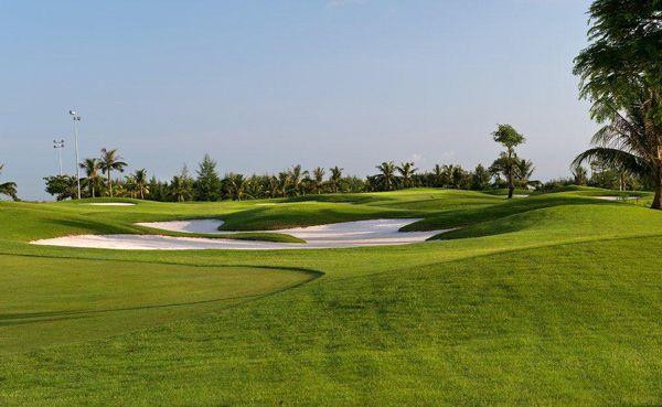 Vẻ đẹp của sân golf Đồ Sơn