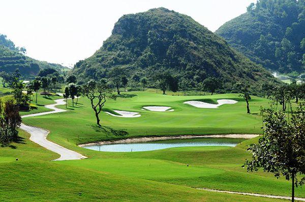 Sân golf Hoàng Gia - Sân golf lớn nhất Việt Nam