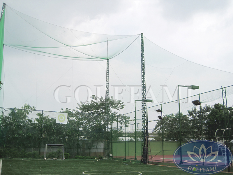 thi công lưới sân tập golf Hòa Phát