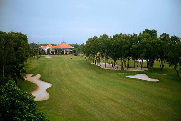 Sân golf Sông Bé