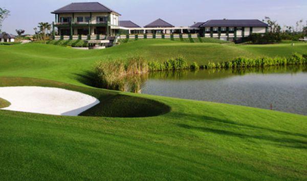 sân golf Vân Trì