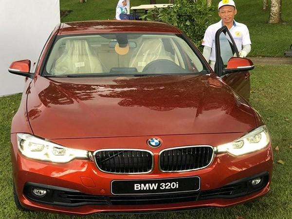 Cú golf thần thánh mang đến ô tô BMW