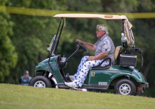 John Daly được đặc cách sử dụng xe điện tại giải PGA Championship
