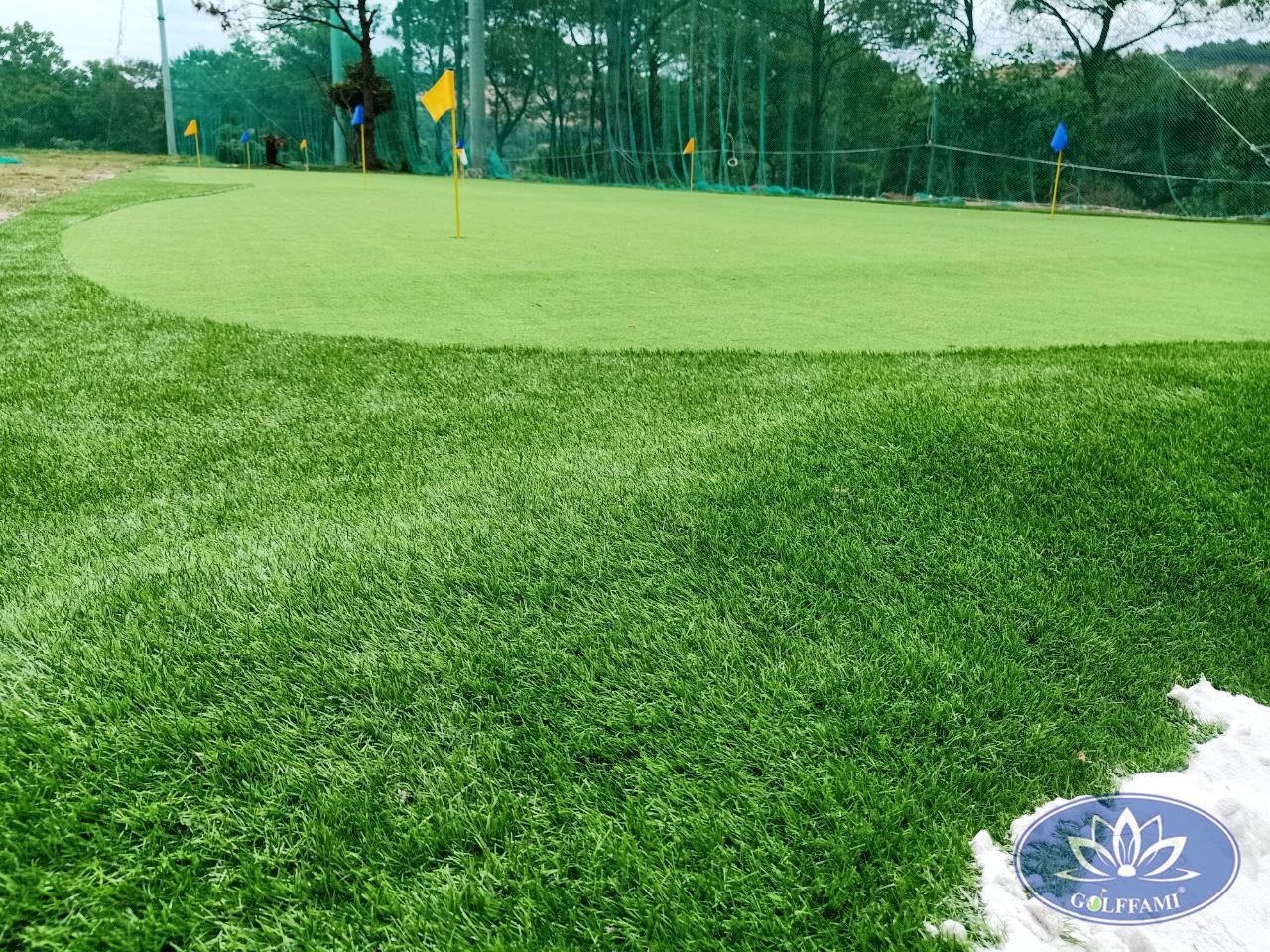 Thi công cỏ sân golf chuyên nghiệp