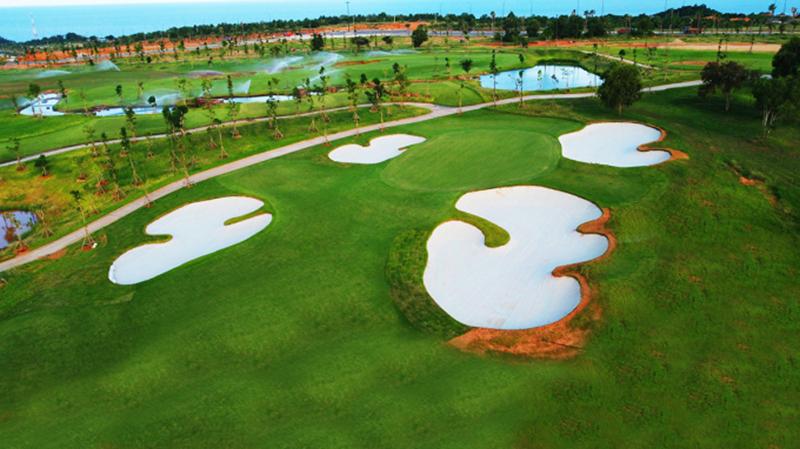 sân golf độc quyền thương hiệu PGA đầu tiên